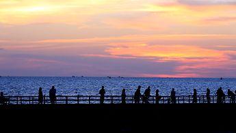 Sonnenuntergang im Hafen von Duong Dong, Vietnam.