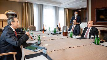 Staatssekretär Berger im Gespräch mit dem irakischen Außenminister Hussein
