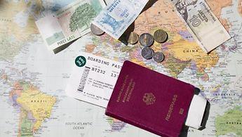 Schnell kann es im Urlaub zum Verlust von Geld und Reisepass kommen...